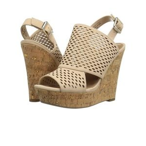Steve Madden Exhibit Sling back wedge!